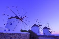 Moinho de vento tradicional no crepúsculo Fotos de Stock Royalty Free