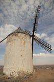 Moinhos de vento antigos no La Mancha Fotografia de Stock Royalty Free
