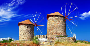 Moinhos de vento da ilha de Patmos imagens de stock royalty free