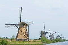 Moinhos de vento de Kinderdijk imagens de stock