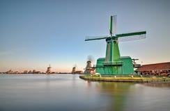 Moinhos de vento de Zaanse Schans imagem de stock