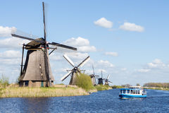 Moinhos de vento em Kinderdijk, Holanda Fotos de Stock Royalty Free