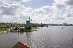 Moinhos de vento em Zaanse Schans Foto de Stock Royalty Free