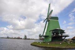 Moinhos de vento em Zaanse Schans Imagens de Stock