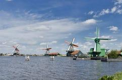 Moinhos de vento em Zaanse Schans, Amsterdão, Holanda Imagem de Stock