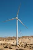 Moinhos de vento - energias eólicas fotografia de stock royalty free