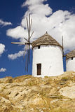 Moinhos de vento gregos, Cyclades, Greece Imagem de Stock