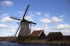 Moinhos de vento holandeses, Holanda, extensões rurais Moinhos de vento, o símbolo da Holanda Imagem de Stock