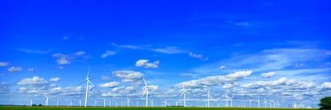 Moinhos de vento infinitos Fotografia de Stock