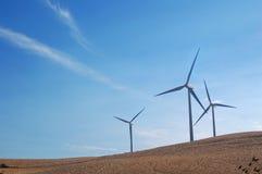 Moinhos de vento modernos de Califórnia Fotografia de Stock Royalty Free