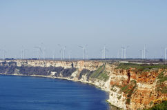 Moinhos de vento no litoral do Mar Negro Imagens de Stock Royalty Free