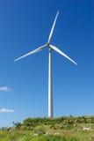 Moinhos de vento no monte Foto de Stock