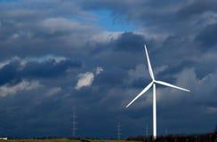 Moinhos de vento no nascer do sol Imagens de Stock