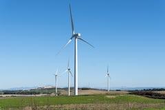 Moinhos de vento para a produção da energia elétrica, poder do eco, turbina eólica Fotos de Stock