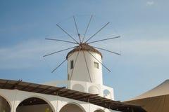 moinhos de vento típicos da região Imagens de Stock