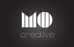 MOIS M O Letter Logo Design With White et lignes noires Photos libres de droits