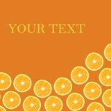 Moitiés oranges sur un fond orange sous forme de folny et de PS Photos stock