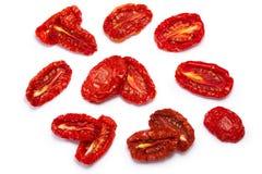 Moitiés séchées au soleil de tomate, chemins, vue supérieure Images stock