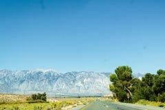 Mojave pustyni pobliska trasa 66 w Kalifornia Zdjęcie Stock