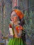 Mojigangahand bewerkt standbeeld buiten Italiaans Restaurant in San Miguel de Allende Stock Fotografie