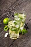 Mojito питья коктеиля лета холодное Стоковые Изображения