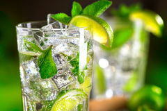 Free Mojito Cocktail On A Table Stock Images - 71826804