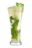 Mojito del cóctel en un alto vidrio en un fondo blanco Foto de archivo libre de regalías
