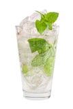 Mojito-Getränk lokalisiert auf weißem Hintergrund Lizenzfreies Stockbild