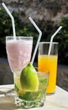 Mojito, milkshake en Jus d'orange Royalty-vrije Stock Afbeeldingen