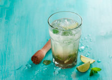Mojitodrank of limonade Stock Foto
