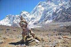 Mojón en el Himalaya Fotografía de archivo