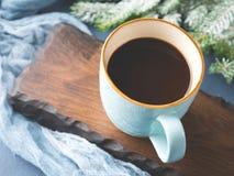 Mok achtergrond van de koffie de donkere winter Royalty-vrije Stock Fotografie