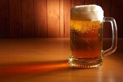 Mok bier Royalty-vrije Stock Foto's