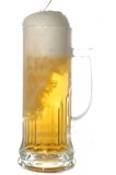 Mok met Bier stock foto's