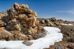 Mokiet skały blisko Baikal jeziora Obrazy Royalty Free