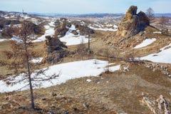 Mokiet skały blisko Baikal jeziora Fotografia Royalty Free