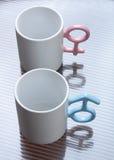 Mokken met gevormde handvatten Royalty-vrije Stock Afbeelding