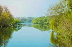 Mola calma do rio fotos de stock