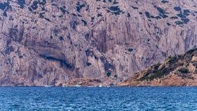 Molara游泳场在撒丁岛 库存图片