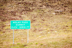 Molas Pass Summit Road Sign Royalty Free Stock Photos