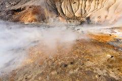 molas térmicas na área de Krysuvik, Islândia Fotos de Stock Royalty Free