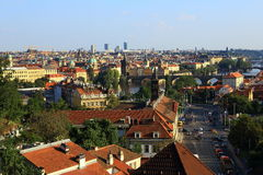 Moldau和桥梁,老镇的全景,布拉格,捷克 图库摄影