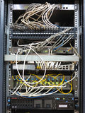 06 12 2016, Moldau, Chisinau: Servergestell mit Internet-Flecken Co Lizenzfreies Stockfoto