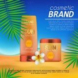 Molde cosmético do projeto do sunblock do verão no fundo da praia com folhas de palmeira exóticas Proteção do sol e produ realíst Imagens de Stock