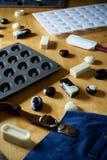 Molde del silicón para hacer forma del chocolate Foto de archivo libre de regalías