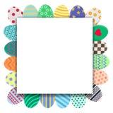 Molde do cartão de Páscoa com os ovos coloridos no formulário da grinalda Molde do cumprimento ou do convite com espaço para o te ilustração stock