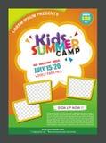 Molde do projeto do cartaz da bandeira do acampamento de verão das crianças para crianças ilustração stock