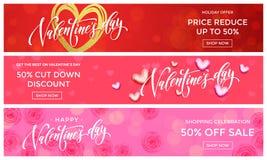 Molde do projeto das bandeiras da venda de Valentine Day Vector o coração dourado do brilho no fundo das flores do rosa para o sh ilustração royalty free
