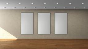 Molde interior vazio da parede bege de alta resolução com quadro vertical da cor de 3 brancos na parede dianteira fotos de stock