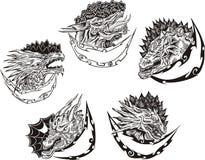 Moldes decorativos com cabeças do dragão Foto de Stock